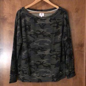 Sundry camouflaged new sweatshirt size 1